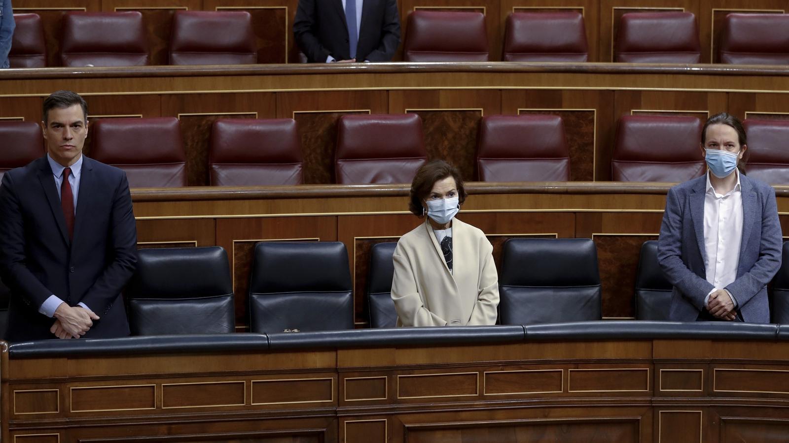 Pedro Sánchez, Carmen Calvo i Pablo Iglesias dimecres al Congrés durant el debat de la cinquena pròrroga de l'estat d'alarma.