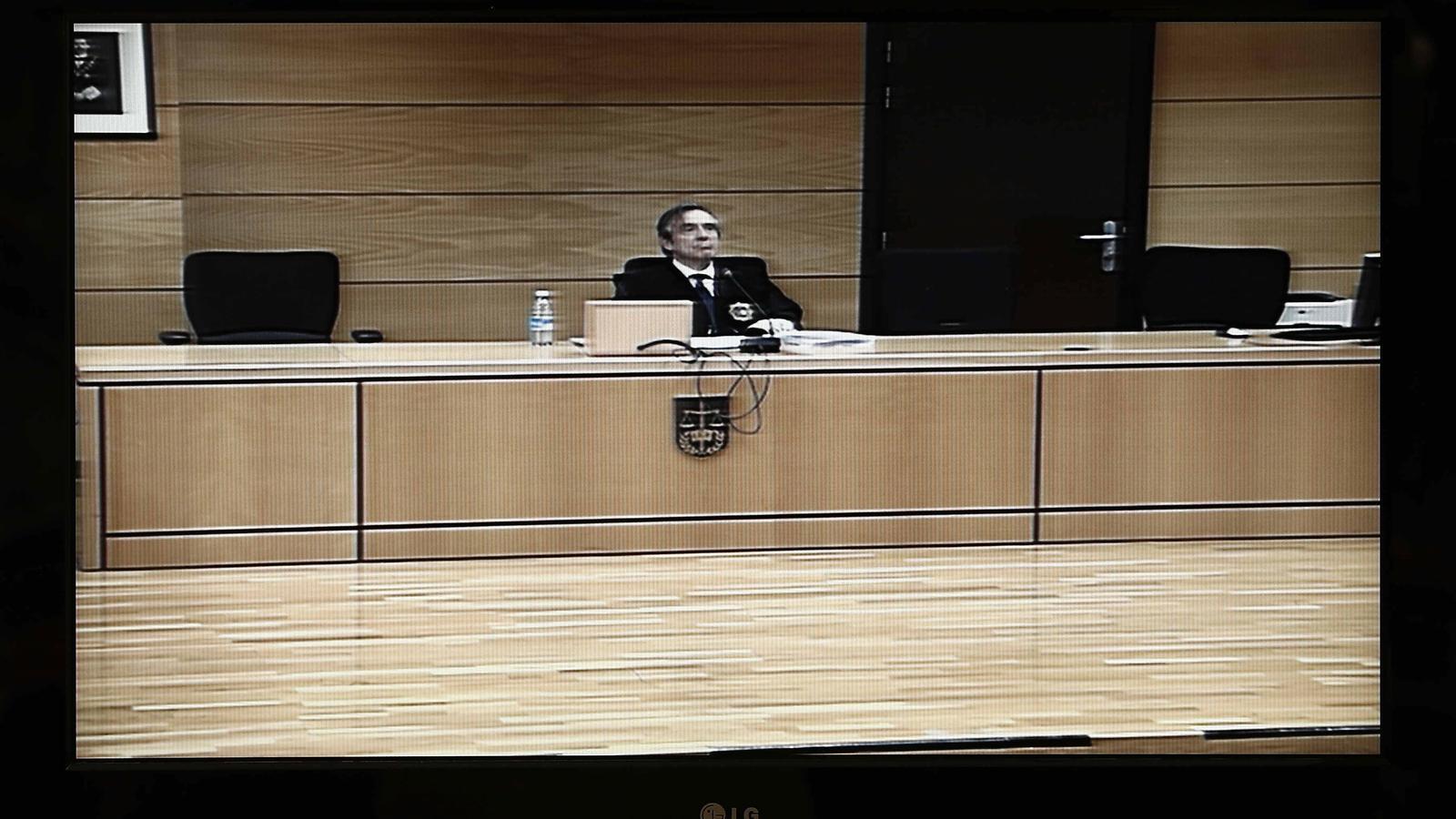 Un dels magistrats, partidari de condemnar 'la manada' només per haver robat el mòbil a la víctima