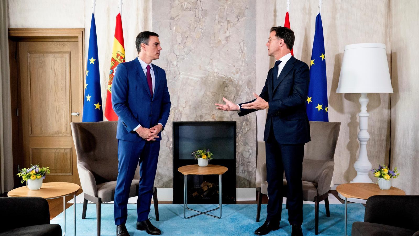 El president espanyol, Pedro Sánchez, amb el primer ministre holandès, Mark Rutte.