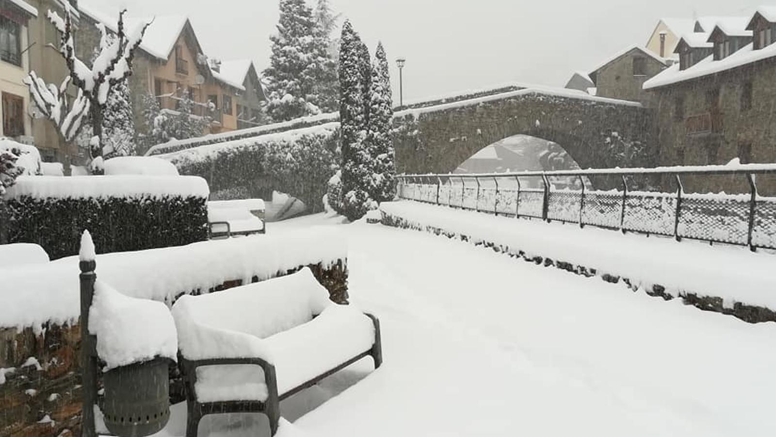 Méteo especial: ventades fortes i encara més neu