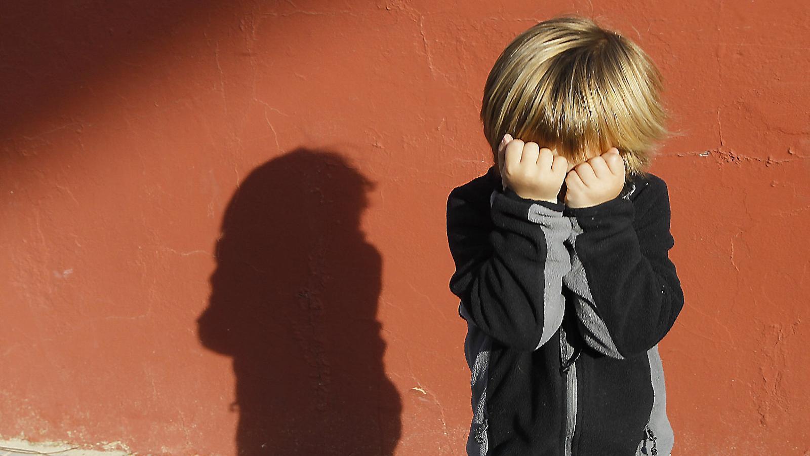 El sindicat també considera alarmant l'increment de menors víctimes mortals de violència de gènere a Espanya, ja que en 2016 va ser una víctima i en el que va d'any són ja 8 els fills assassinats