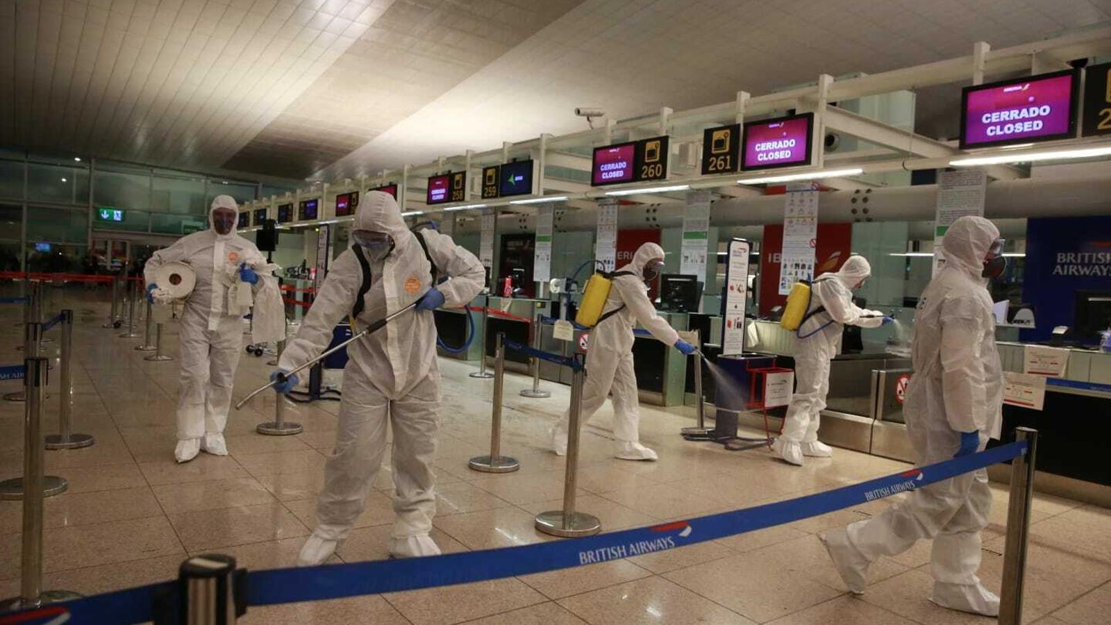Soldats de la UME, a l'aeroport del Prat