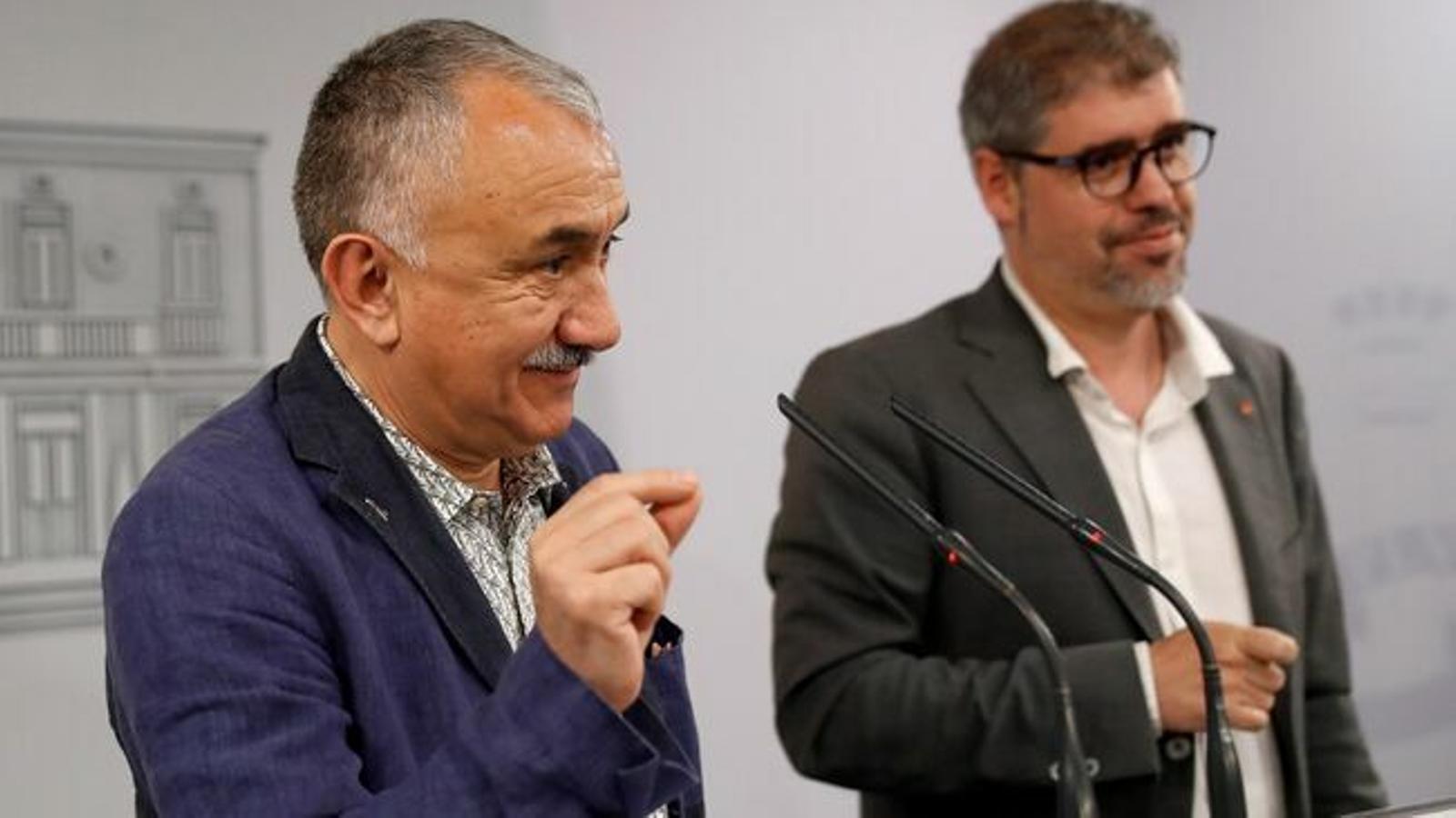 Els secretaris generals de la UGT i CCOO, Pepe Álvarez i Unai Sordo / EFE