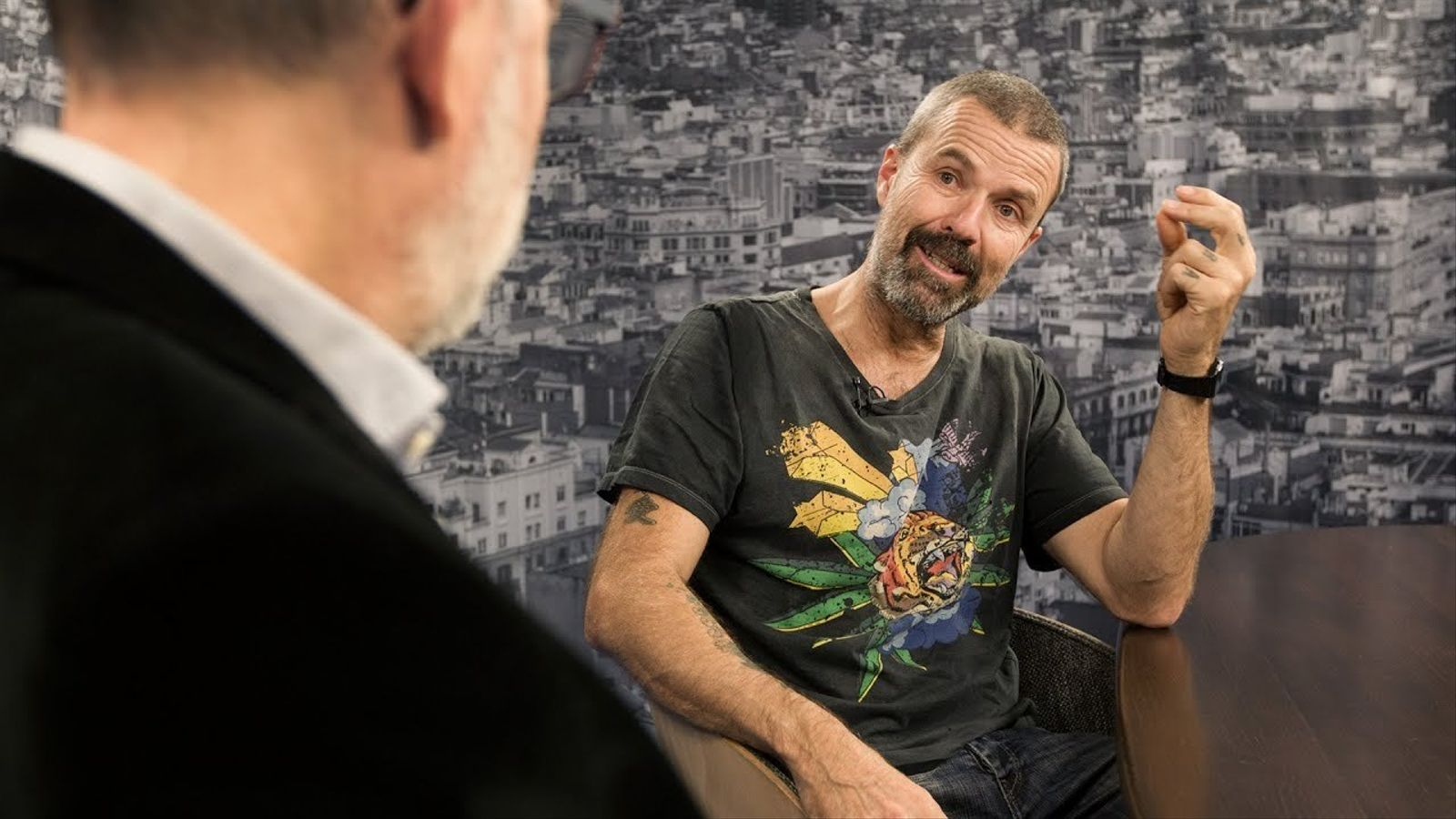 Entrevista d'Antoni Bassas a Pau Donés