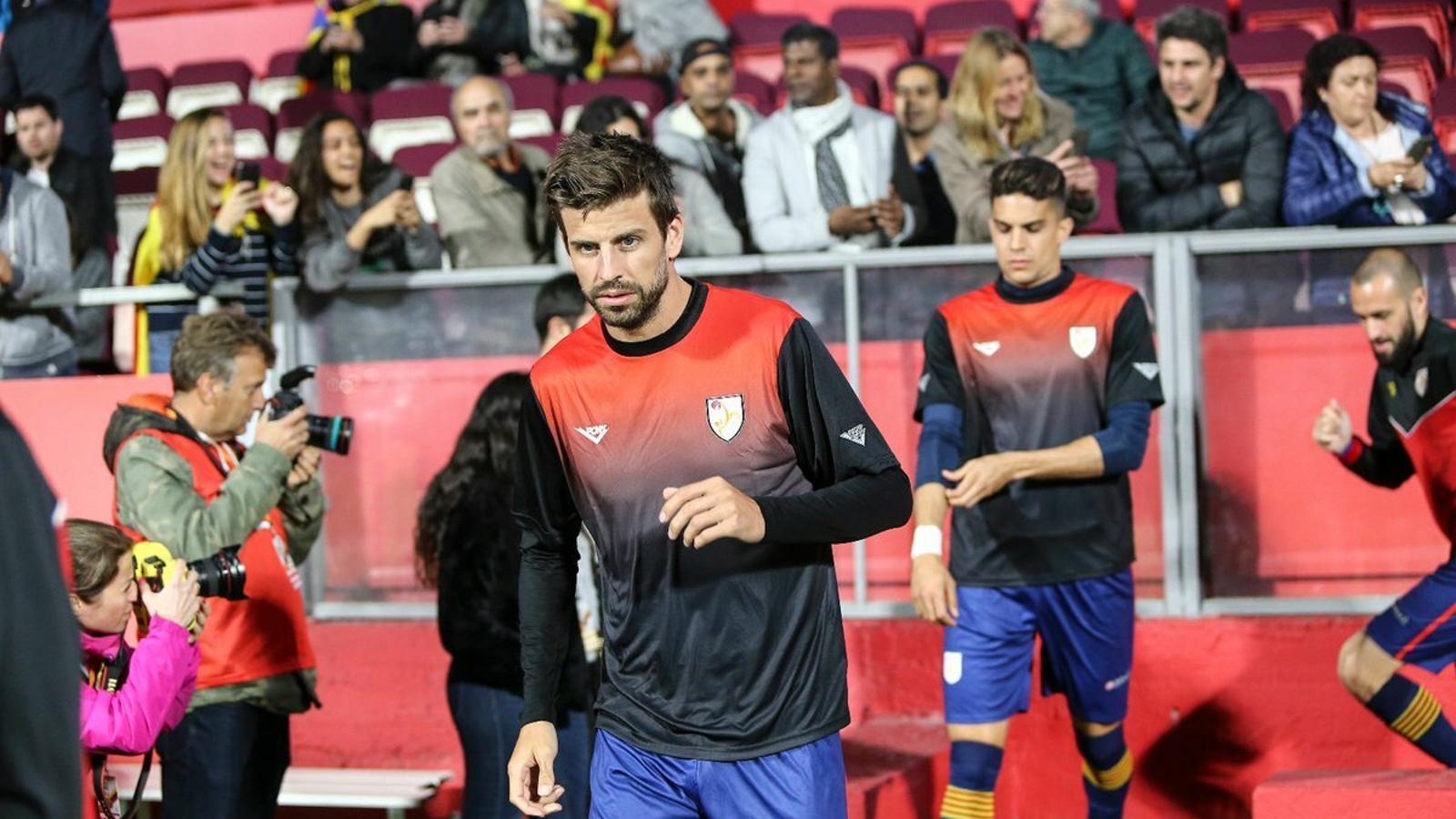 """Piqué: """"Estic rendint més amb el Barça durant la temporada perquè no vaig amb la selecció espanyola"""""""