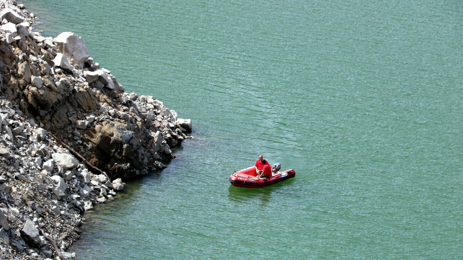 Troben enfonsat al pantà de Susqueda el cotxe del noi d'Arenys de Munt i la noia de Cabrils desapareguts des de dijous.