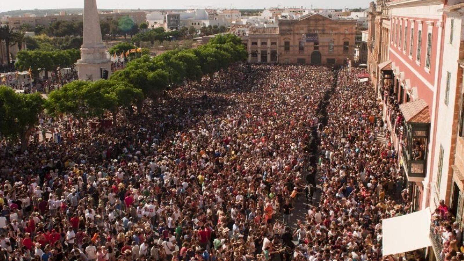 Es preveuen unes festes de Sant Joan massificades.
