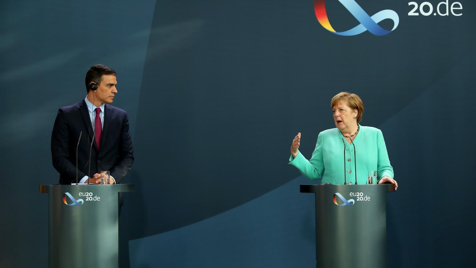 Sánchez es recolza en Merkel per convèncer el nord que no veti el fons de recuperació