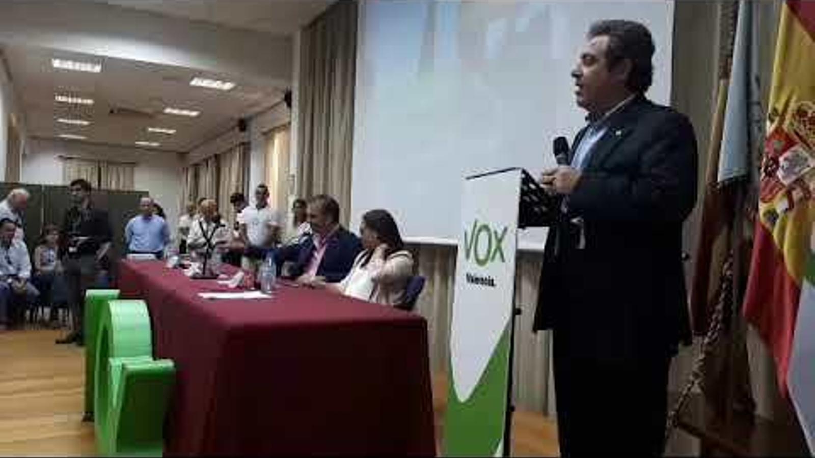 Javier Ortega Smith en una trobada de Vox a València