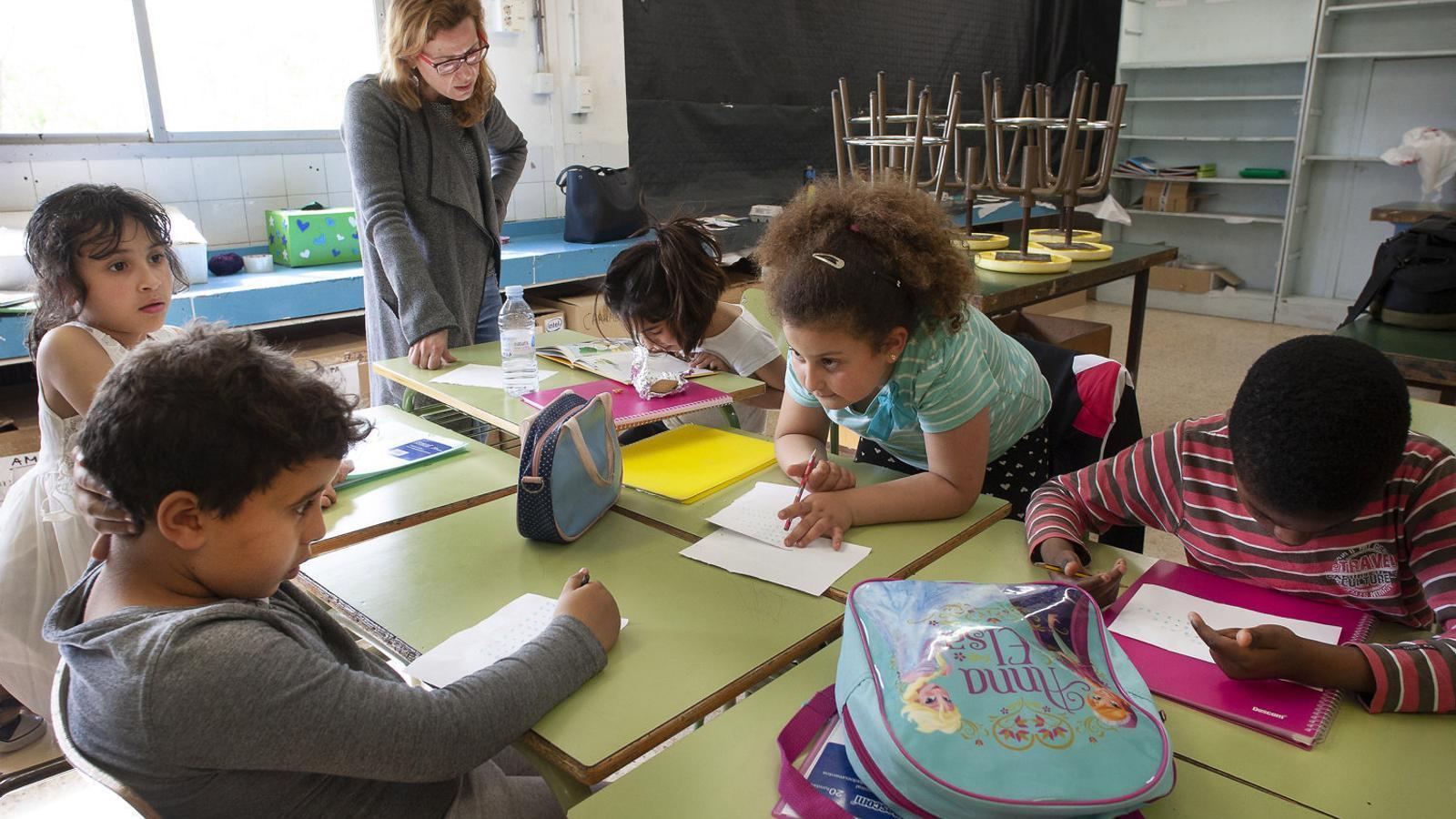 El curs s'acabarà al juny però durant l'estiu hi haurà activitats de reforç a més escoles