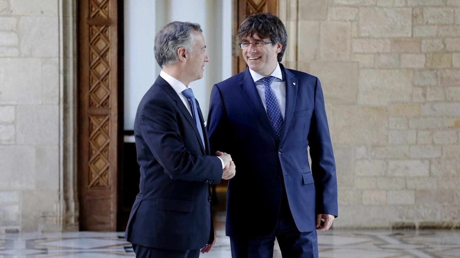 Generalitat-Carles-Puigdemont-Inigo-Urkullu_1817228476_51815782_1500x1001