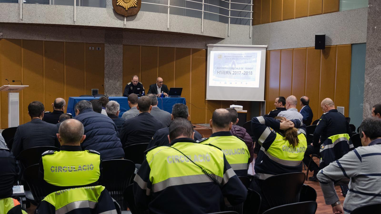 Reunió de la Taula de gestió del trànsit / D. R. (ANA)