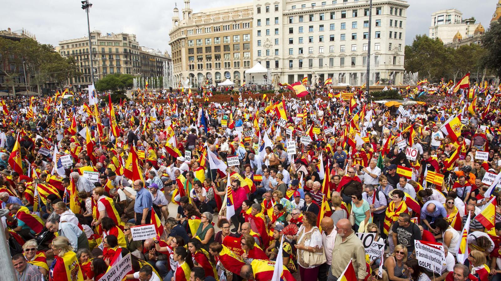 Avui fa un any Un dia de la hispanitat marcat per la situació política catalana