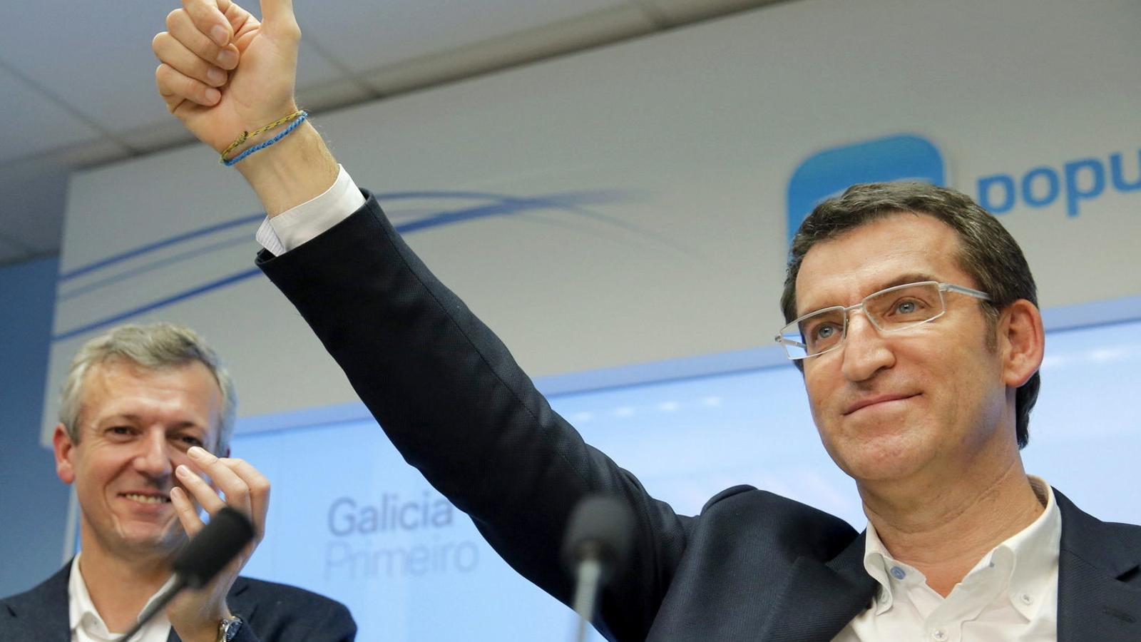 """Feijóo reclama menys candidats a presidir el PP: """"Seria un problema arribar amb el partit dividit en 7"""""""