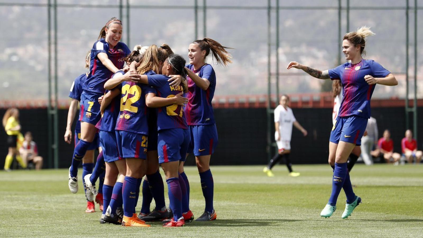El Barça femení goleja (5-0) el Sevilla per seguir lluitant per la Lliga