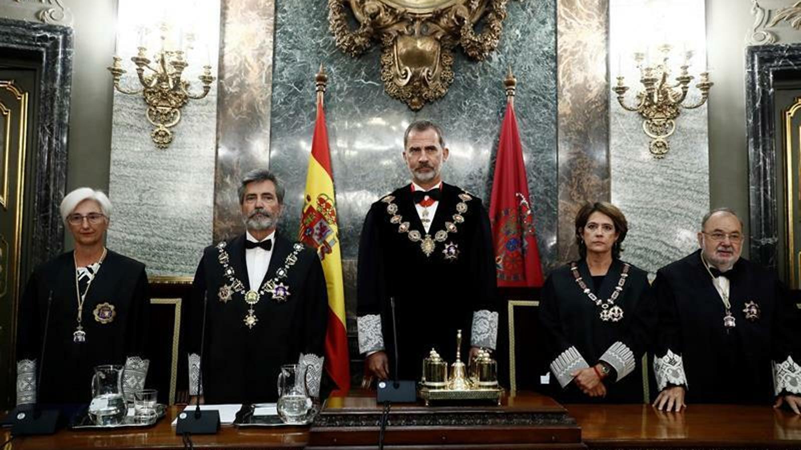 """Lesmes """"felicita"""" Marchena i la fiscal general destaca la """"imperiosa obligació"""" d'acatar la sentència"""