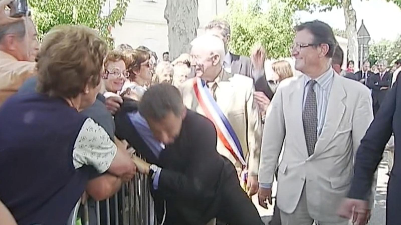 Sarkozy, agredit per un ciutadà en una visita a la regió d'Olt i Garona