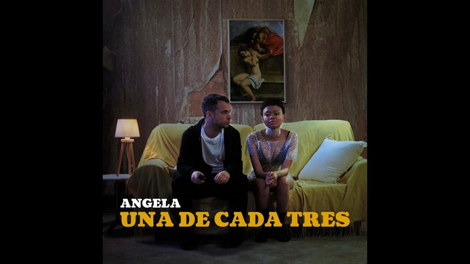 Angela - Una de cada Tres