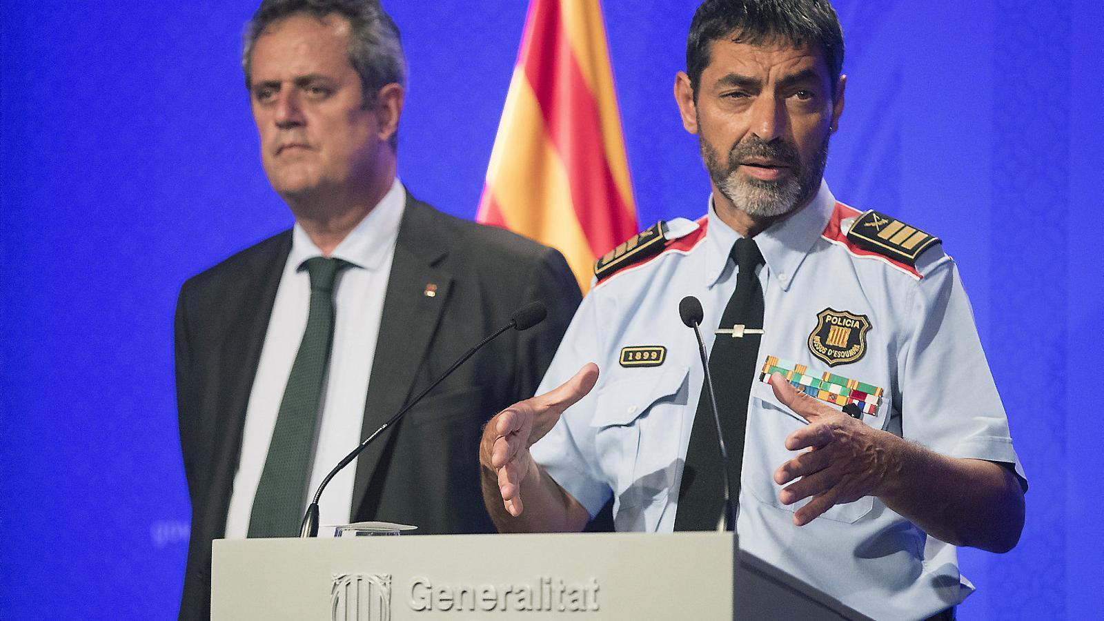 Forn i Trapero, aleshores conseller d'Interior i cap dels Mossos, en una roda de premsa sobre el 17-A.