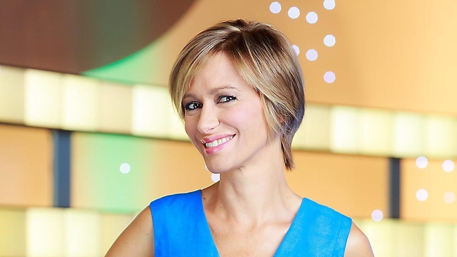 Susanna griso compleix 10 anys al capdavant d espejo p blico for Antena 3 espejo publico programa hoy