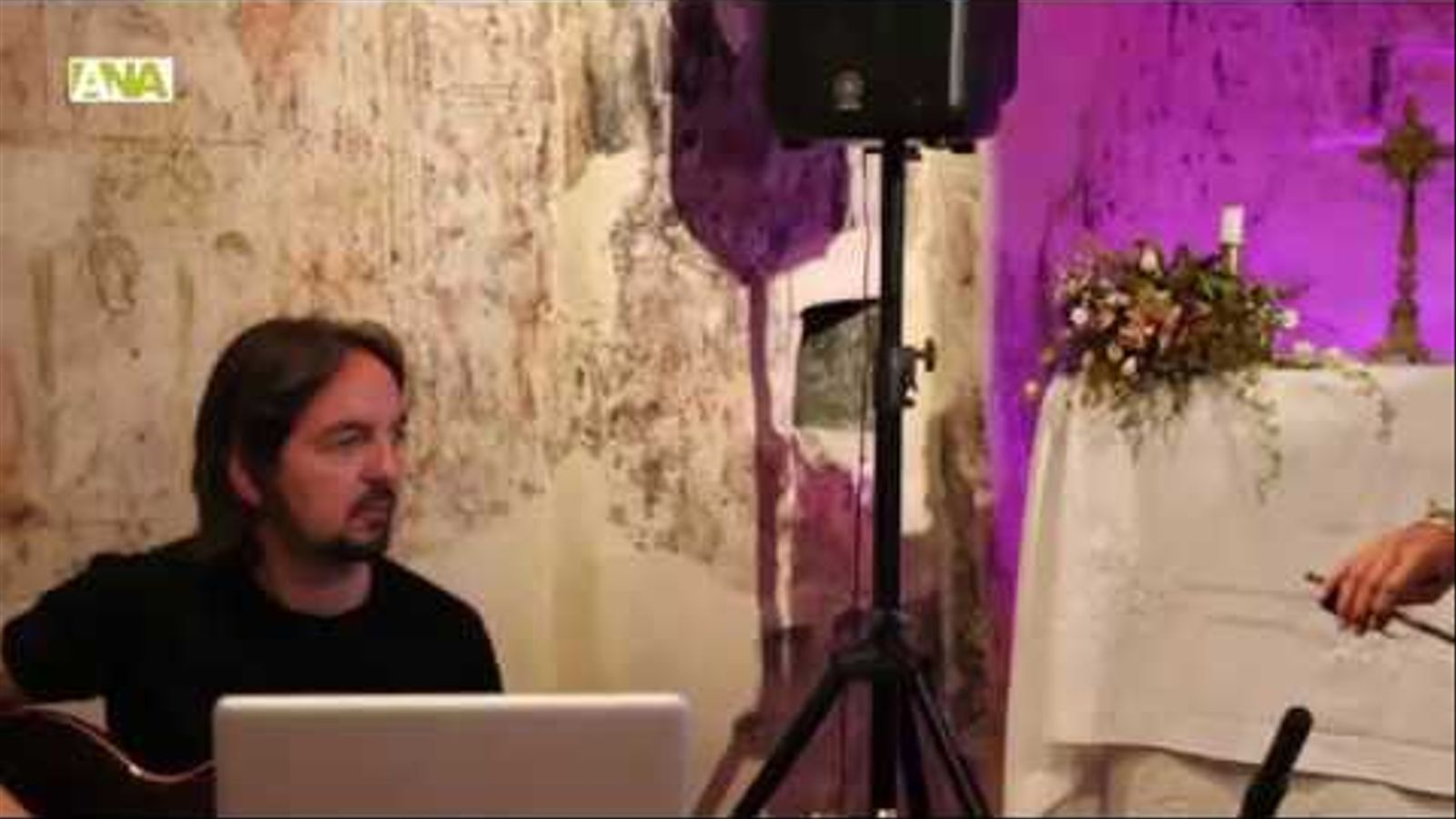 Les improvisacions de Riba i Claret omplen Sant Cristòfol d'Anyós