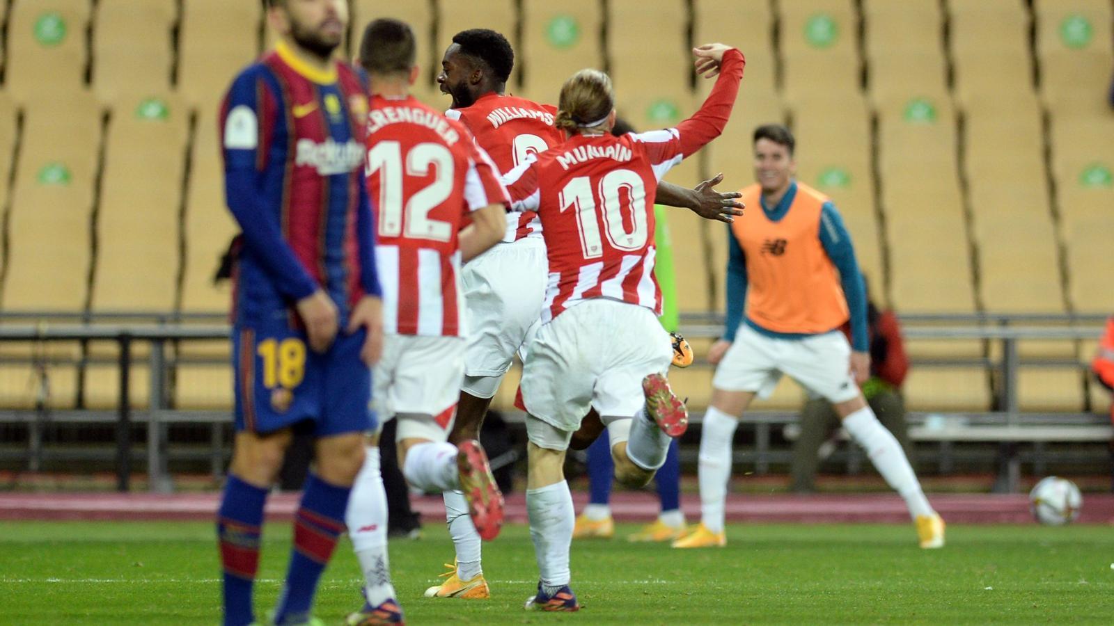 Els jugadors de l'Ahtletic Club celebrant el gol d'Iñaki Williams