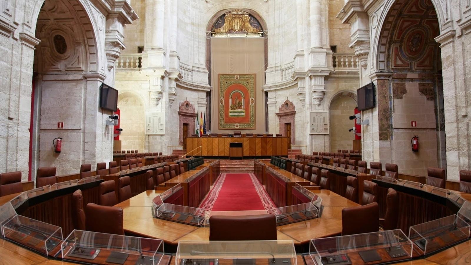 EN DIRECTE: Sessió d'investidura del Parlament d'Andalusia
