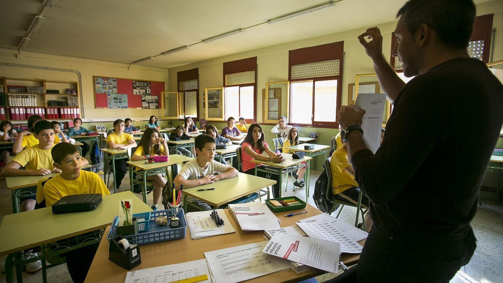 La Mesa Sectorial d'Educació ha negociat avui la nova convocatòria d'interins