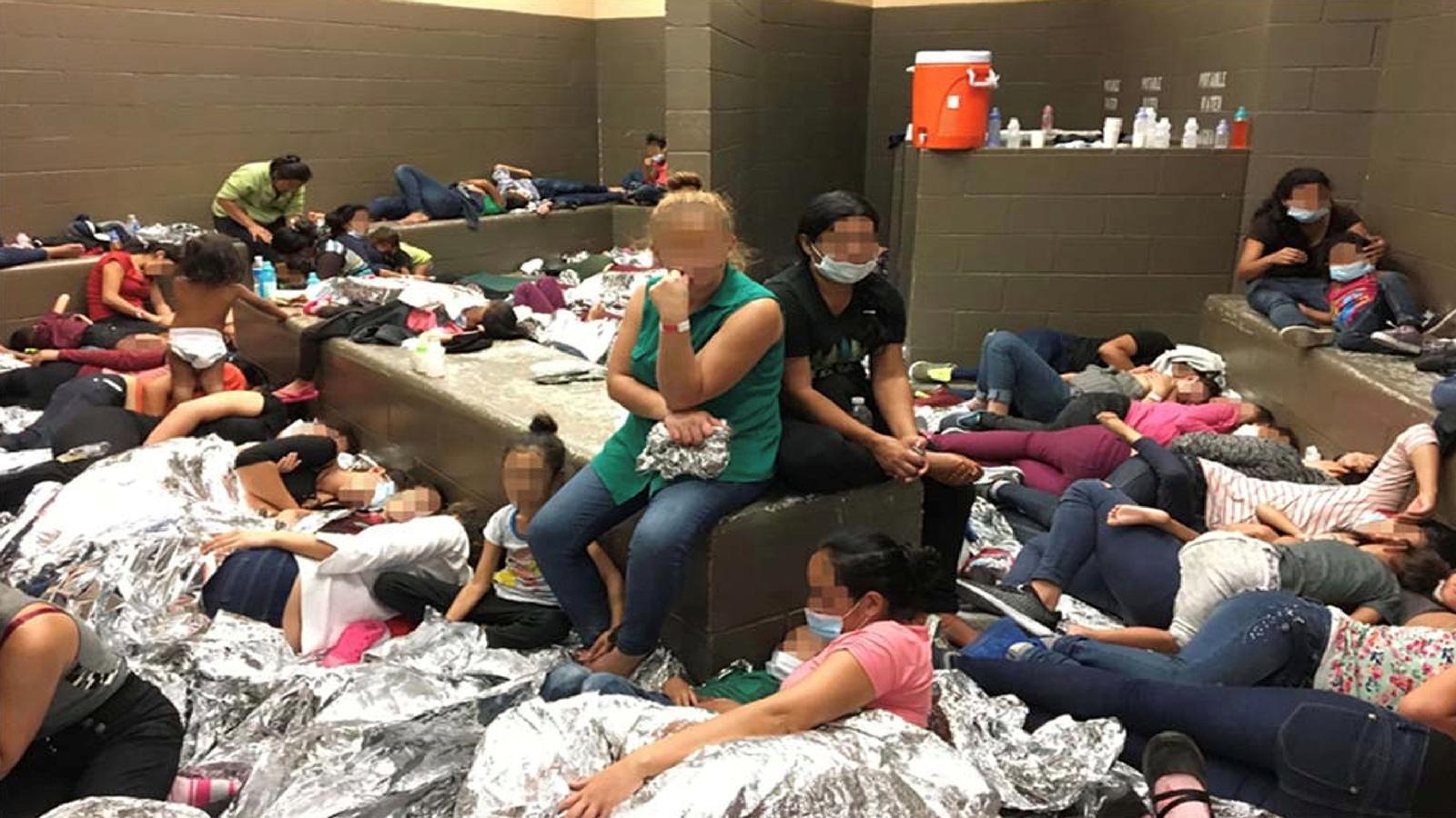 """Una """"bomba de rellotgeria"""" als centres de detenció d'immigrants de la frontera mexicana"""