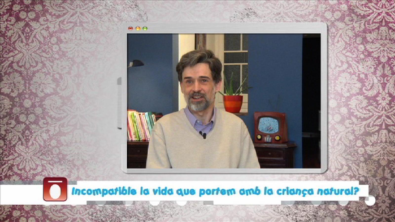 Criatures: Carlos González respon si és compatible la criança natural amb la vida que portem