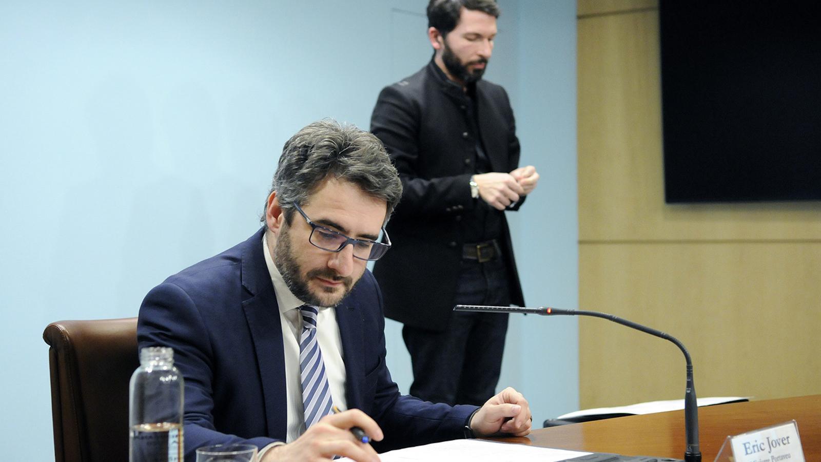 El ministre portaveu, Eric Jover, en la roda de premsa d'aquest divendres al vespre. / SFG