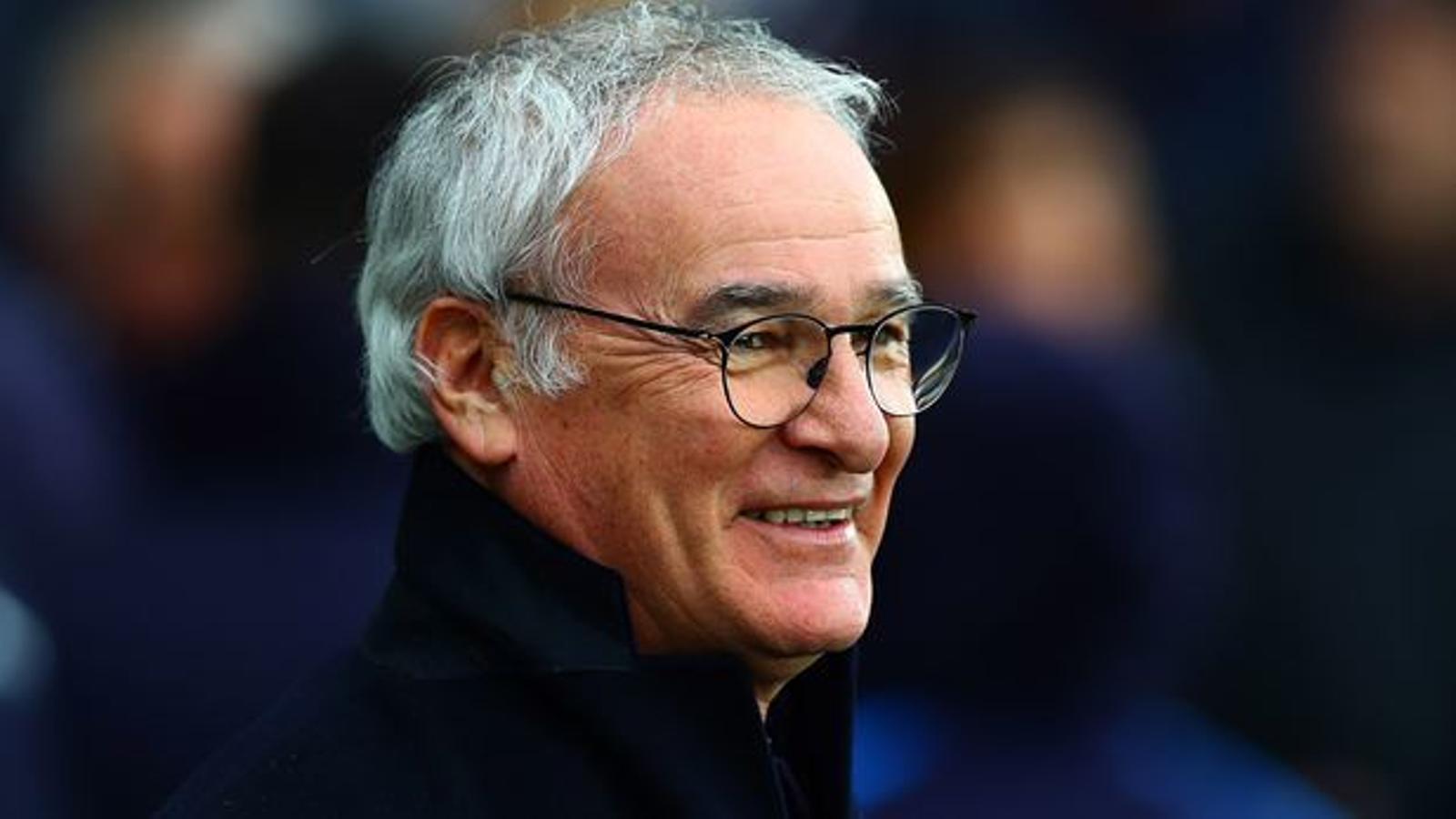 Ranieri, durant un partit a Anglaterra