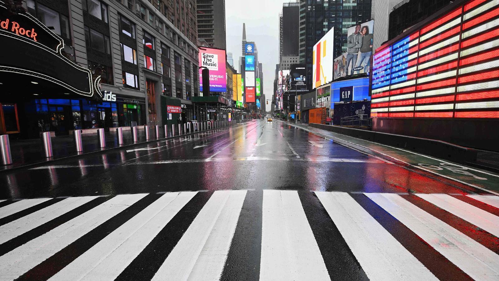 Times Square, a Nova York,  buida pel coronavirus.