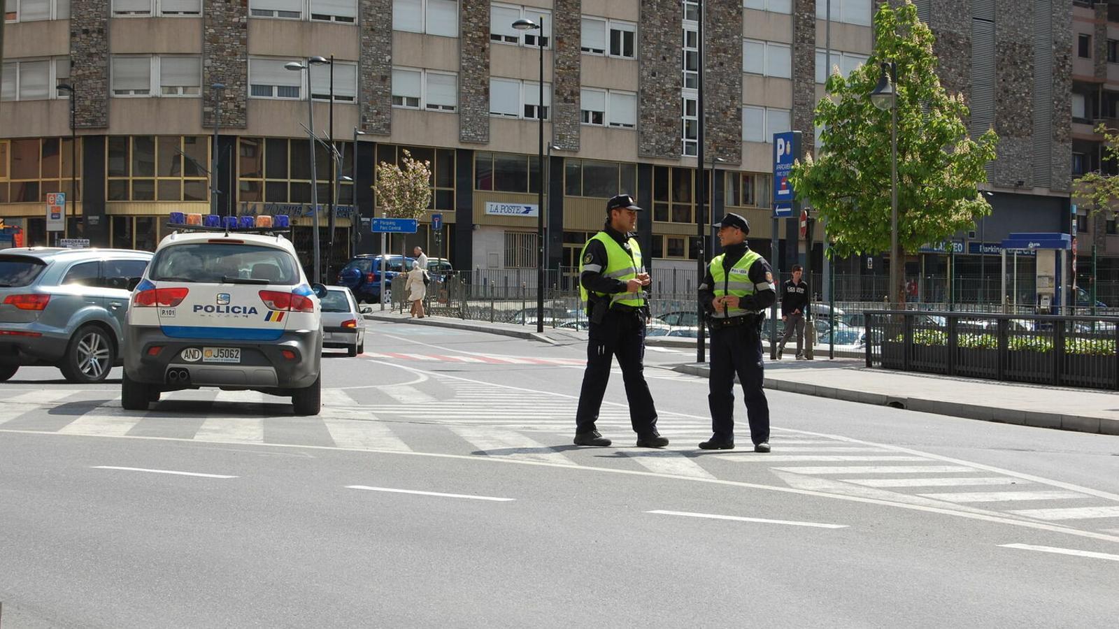 Un control policial. / ARXIU