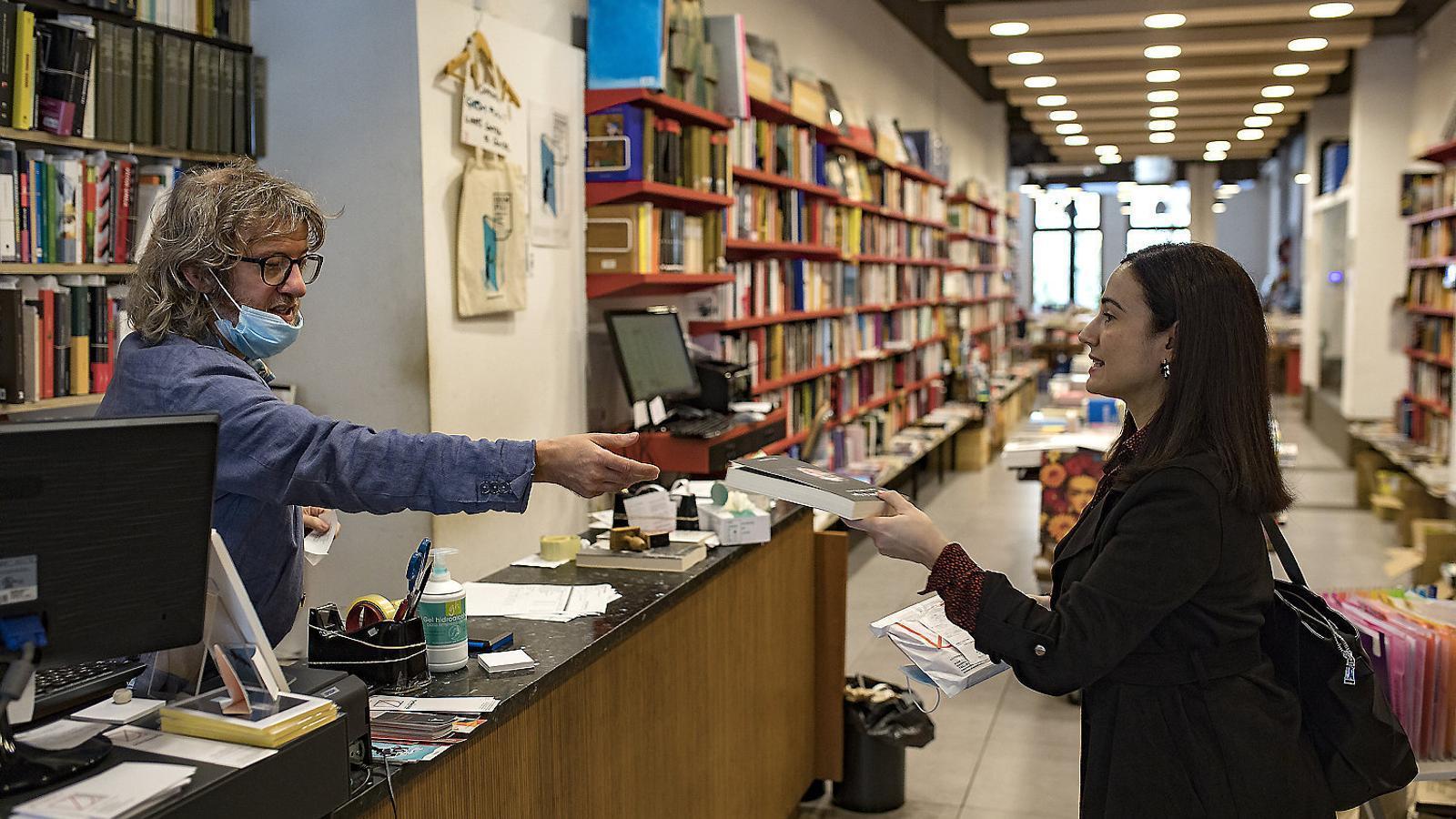 Les llibreries comencen a recuperar la normalitat