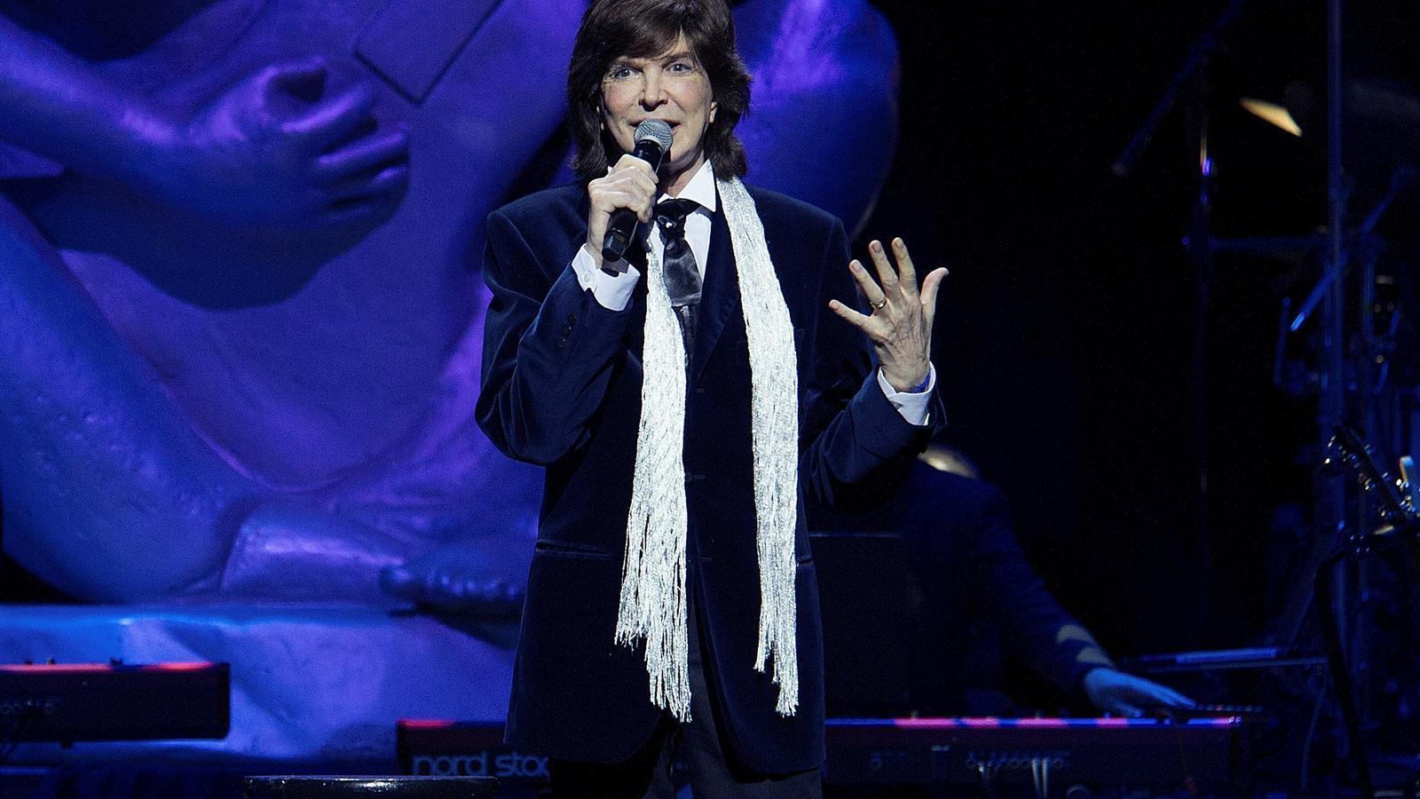 'Vivir así es morir de amor', i quatre cançons més de Camilo Sesto