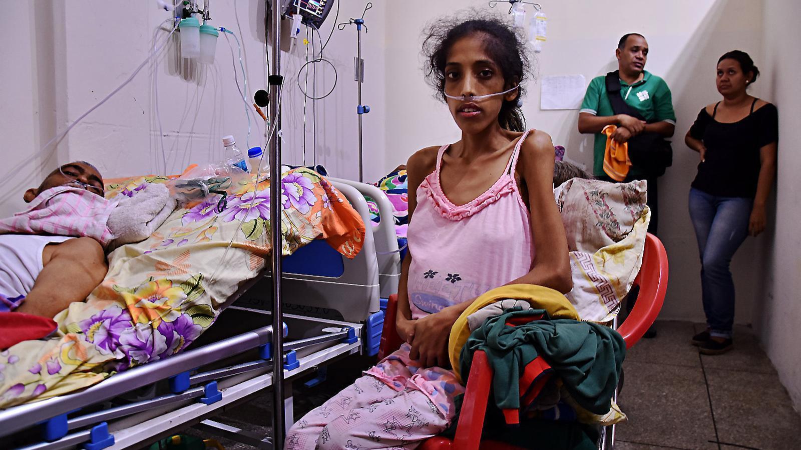 Hospitals sense aigua, lavabos ni medecines