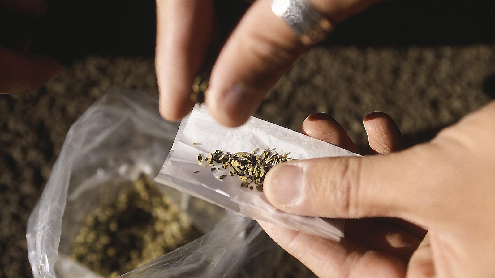Incertesa entre les associacions de consum de cànnabis sobre la seva reobertura