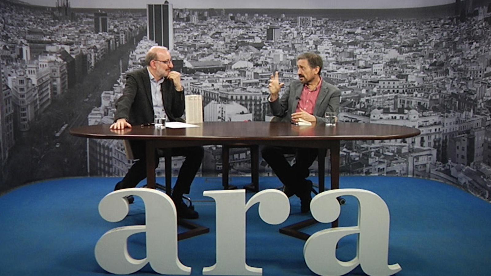 Entrevista d'Antoni Bassas a Carles Capdevila