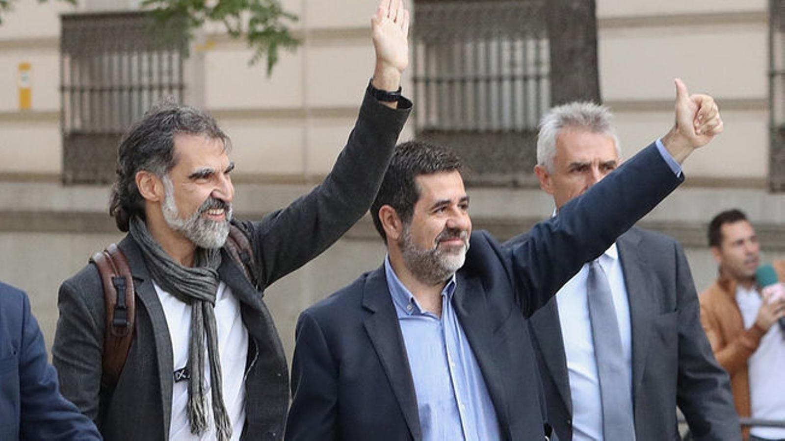 Amnistia Internacional envia una carta a la Fiscalia per tornar a demanar la llibertat de Jordi Sànchez i Jordi Cuixart