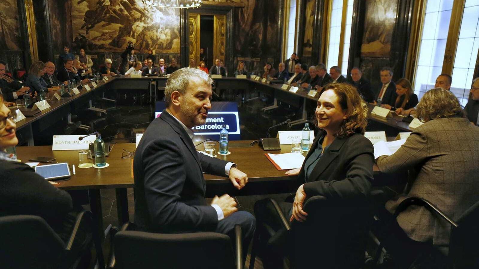 Imatge de la reunió d'aquest matí de l'Ajuntament de Barcelona amb agents econòmics