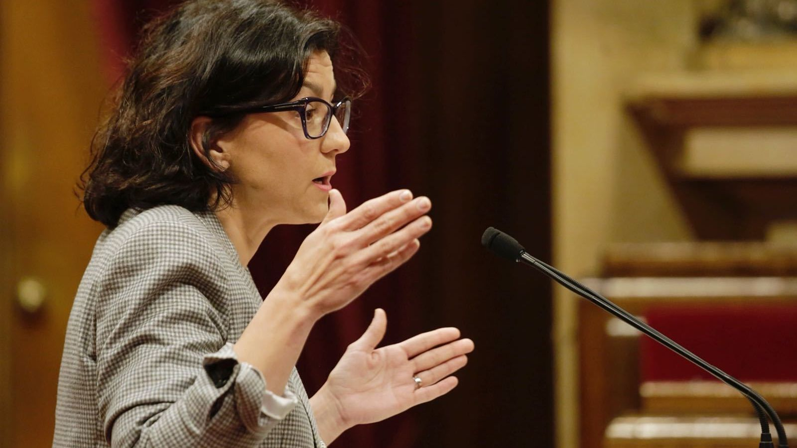 [GP JXC] Proposició no de llei per la qual s'insta al Govern a no finançar a escoles que segreguin per sexe Eva-Granados-PSC-al-Parlament_1991211031_52691350_1500x999