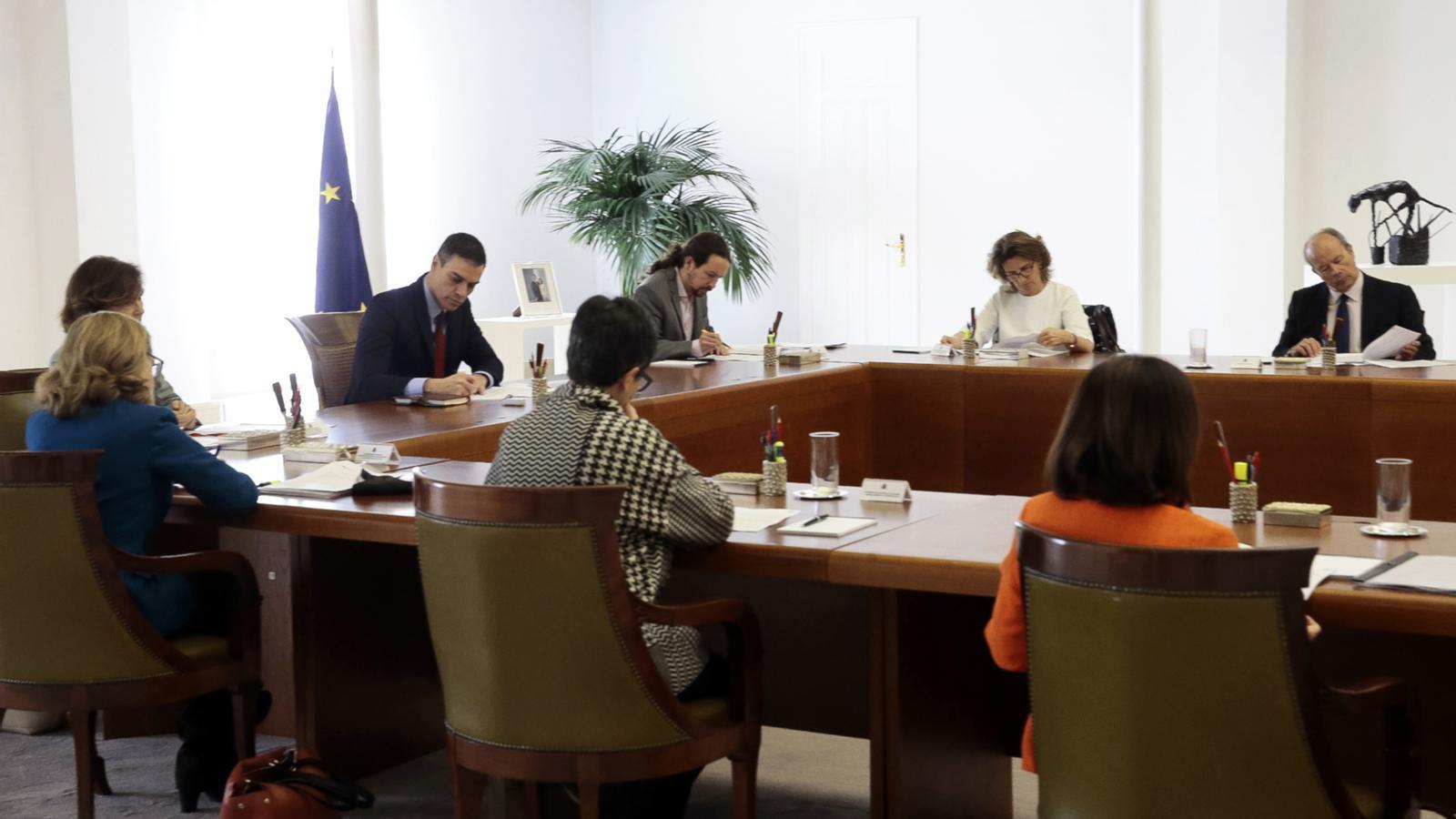 L'anàlisi d'Antoni Bassas: 'L'angoixa de Pedro Sánchez i el confinament'