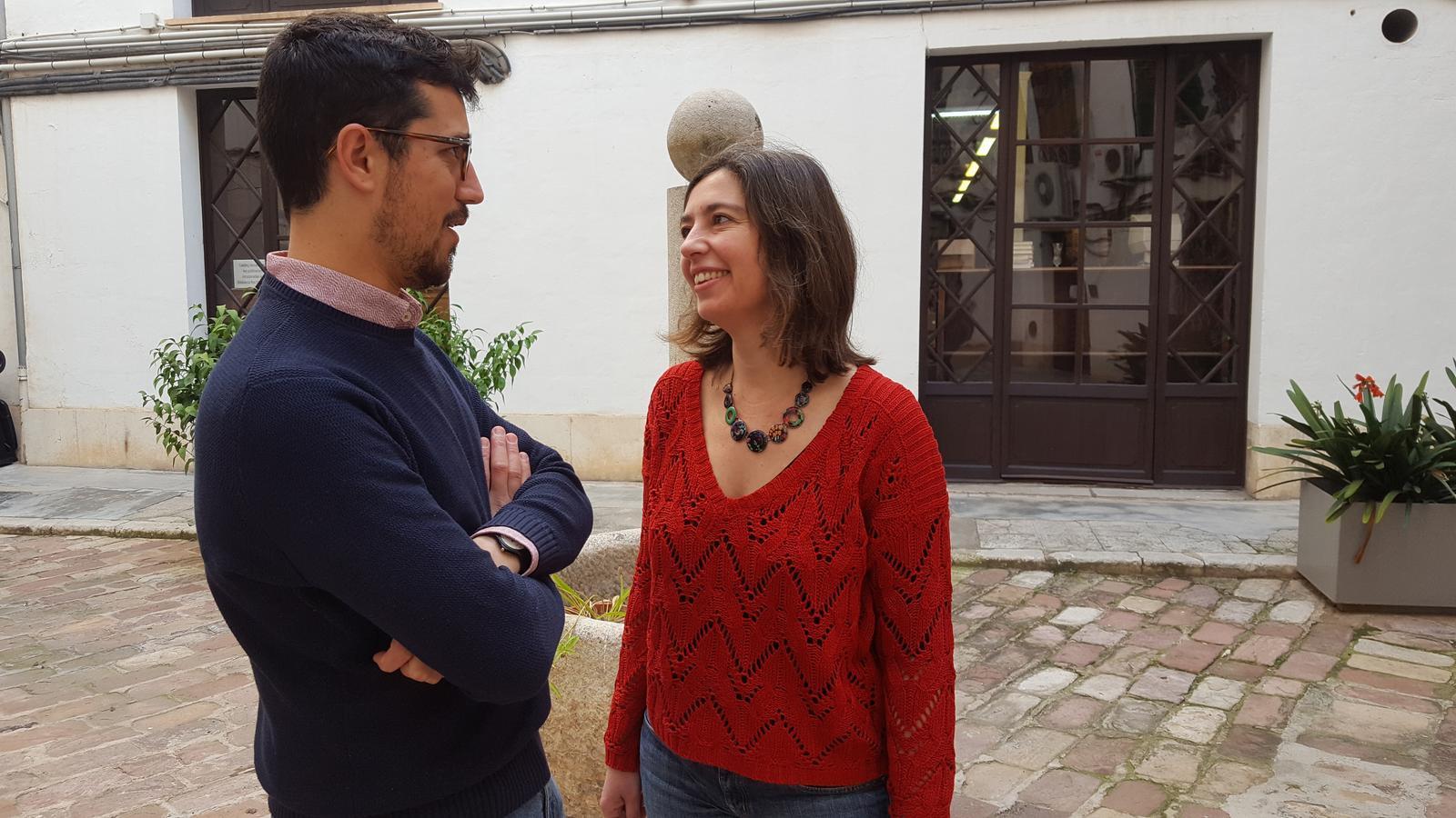 El director general d'energia, Ferran Rosa i la presidenta d'EMAYA, Neus Truyol
