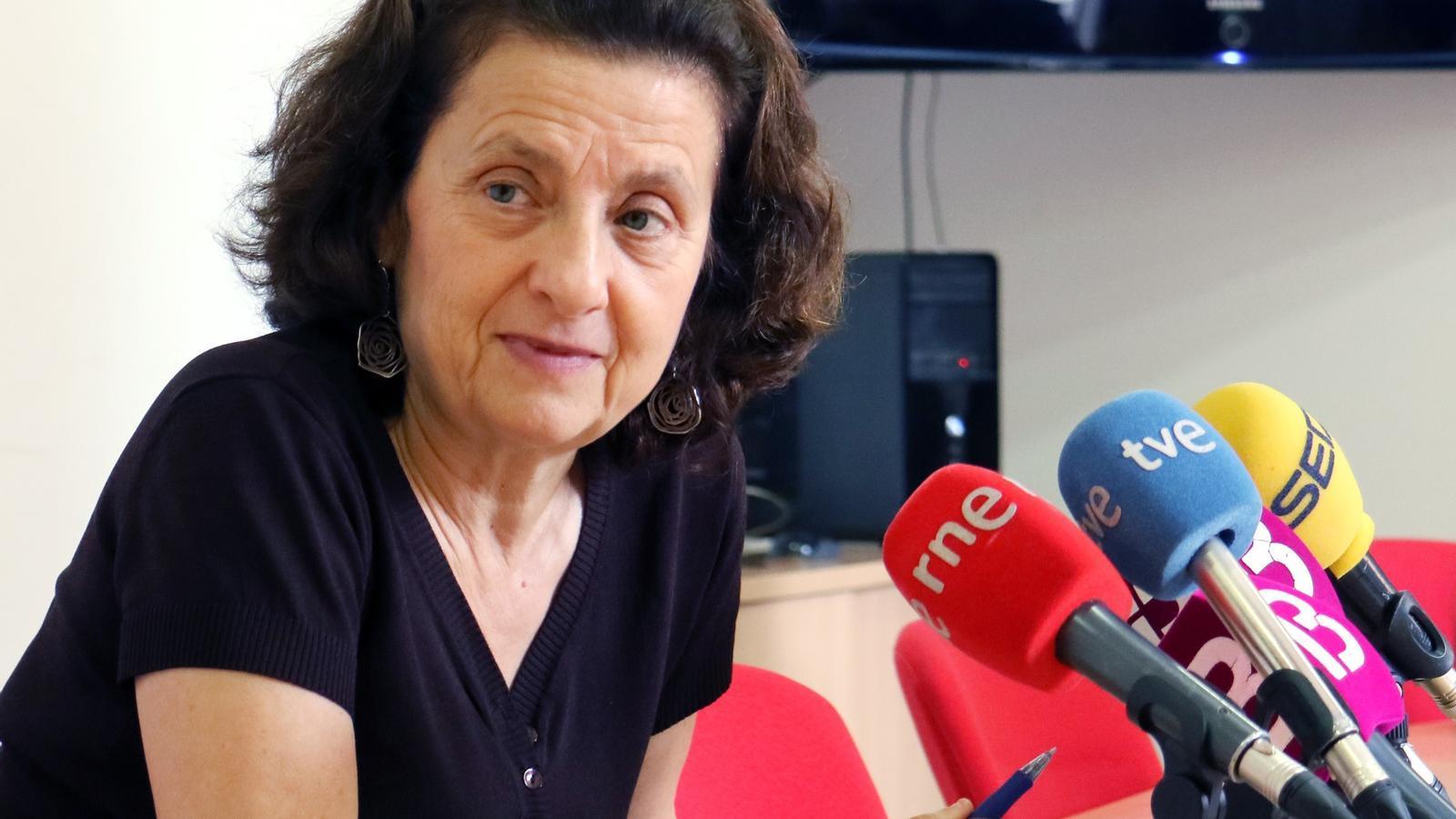 La consellera Fina Santiago a la roda de premsa