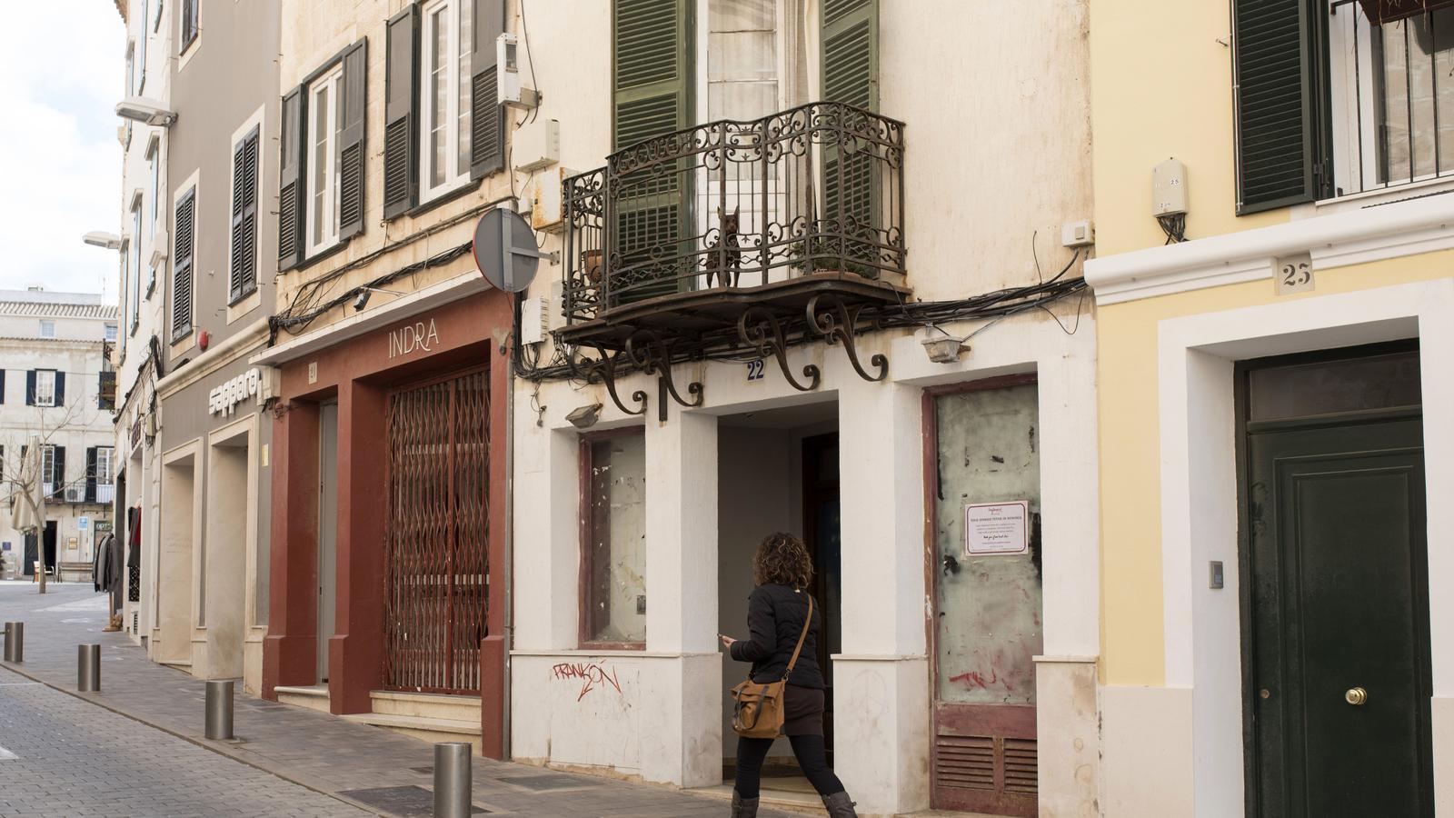 Casa ocupada que era un dels escenaris de la trama d'explotació de menors a Maó