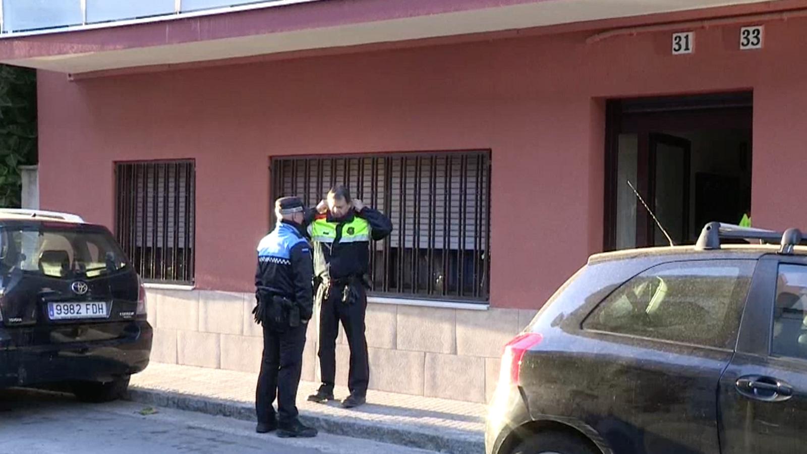 L'edifici on s'ha produït un incendi on ha mort una àvia de 80 anys, a Vilassar de Mar