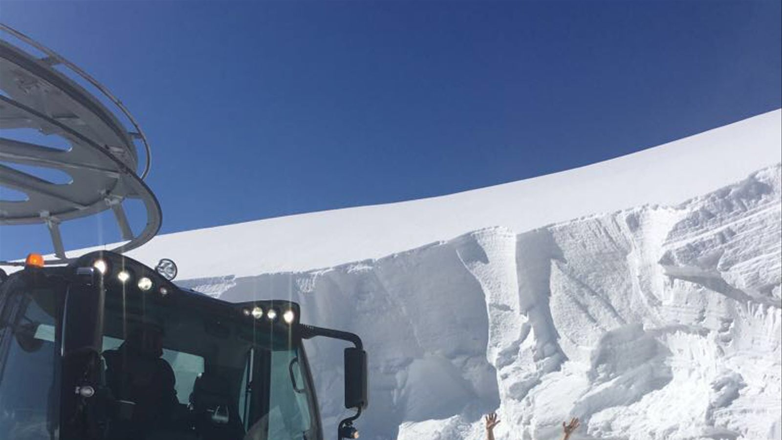 Tres metres i mig de neu al port de Creussans. / VALLNORD