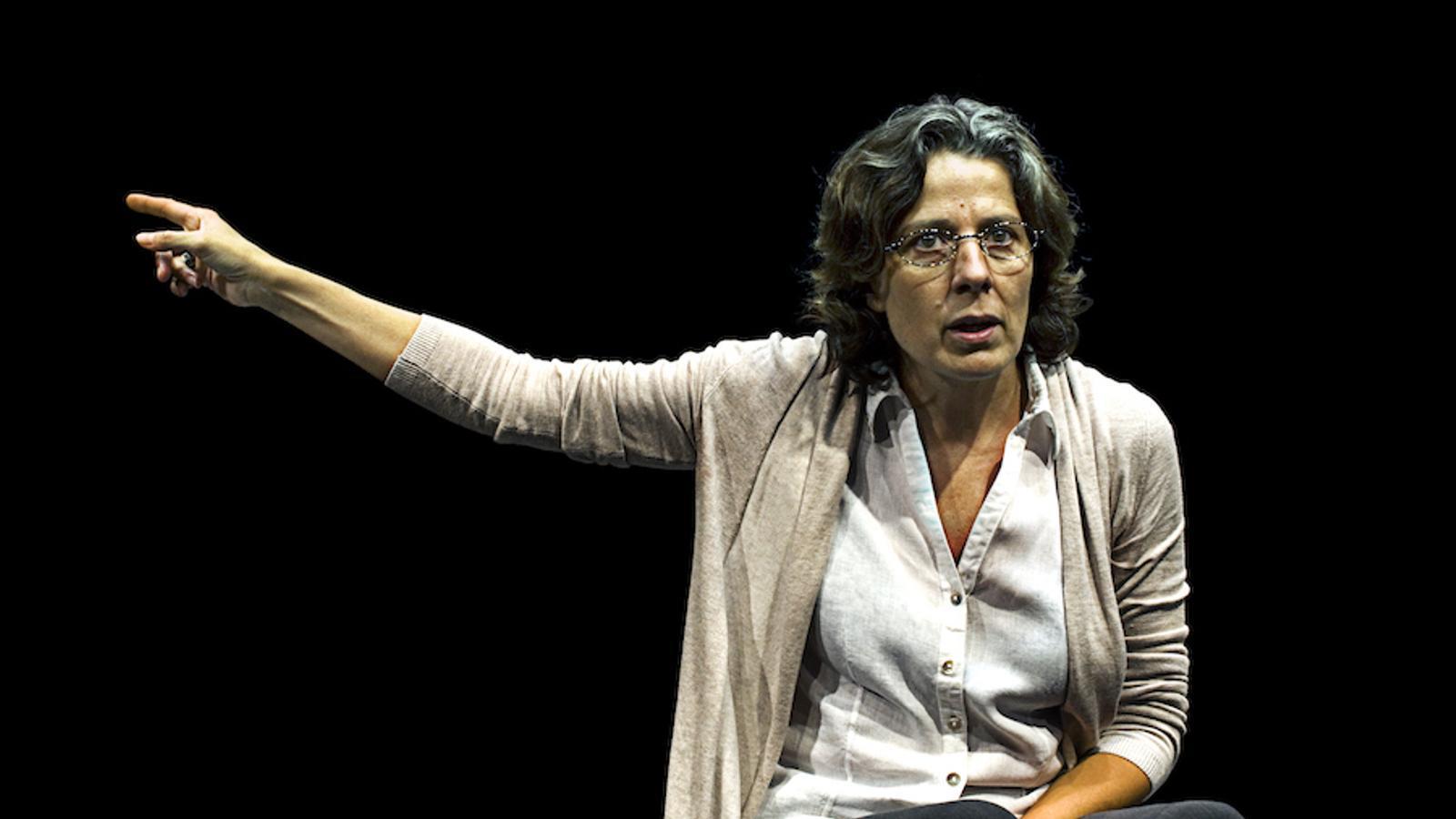 DES DE CASA - Página 13 Mujer-Miriam-Iscla-Teatro-Espanol_1747035462_38934095_540x306