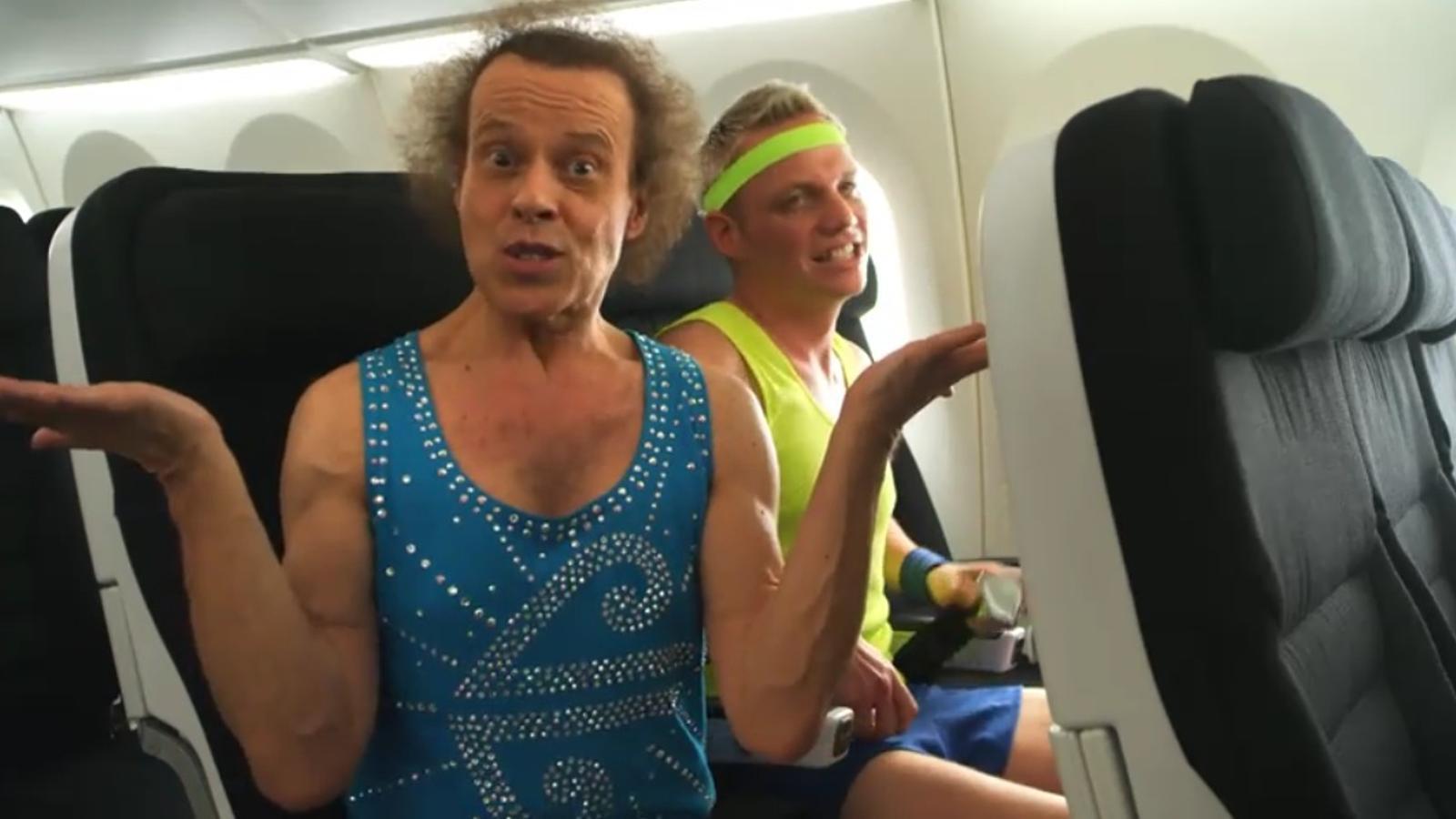 Trobes les explicacions dels auxiliars de vol avorrides? Vola amb Air New Zealand